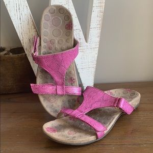 Orthaheel Vionic Molly Sandals Pink snakeskin 9